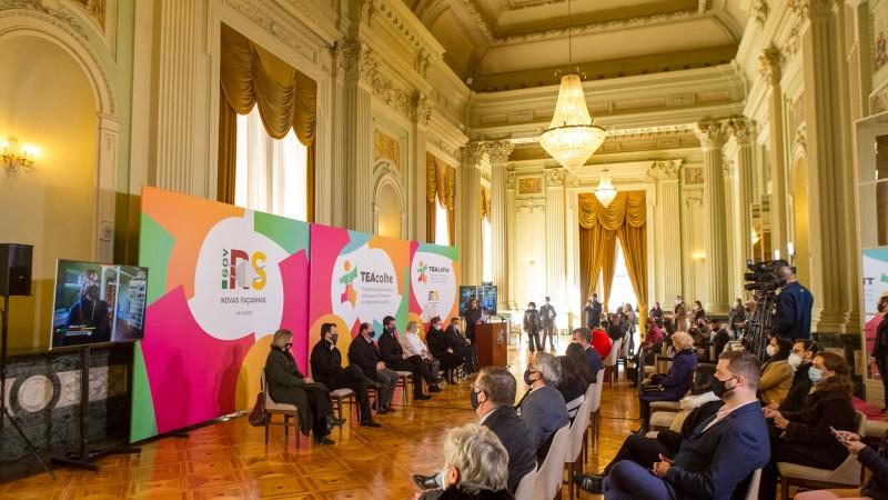 Foi lançado edital para selecionar propostas para mais quatro centros de referência macrorregionais e 30 centros regionais - Foto: Gustavo Mansur / Palácio Piratini