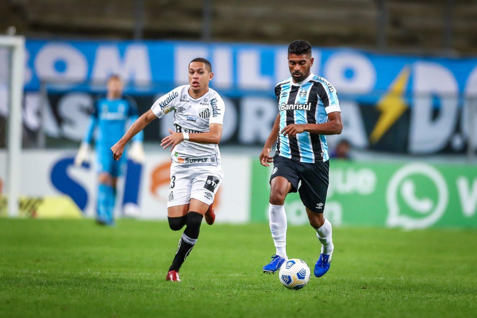 No primeiro turno, Grêmio e Santos empataram por 2 a 2 na Arena Foto: Lucas Uebel / Grêmio FBPA
